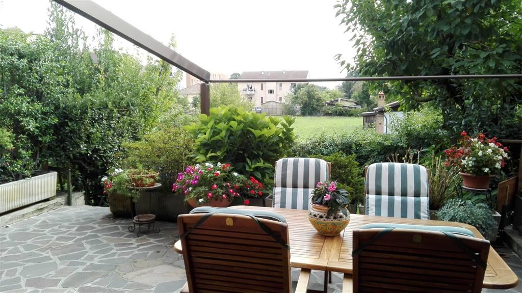 Appartamento in vendita a Cernusco sul Naviglio, 5 locali, prezzo € 444.000   CambioCasa.it