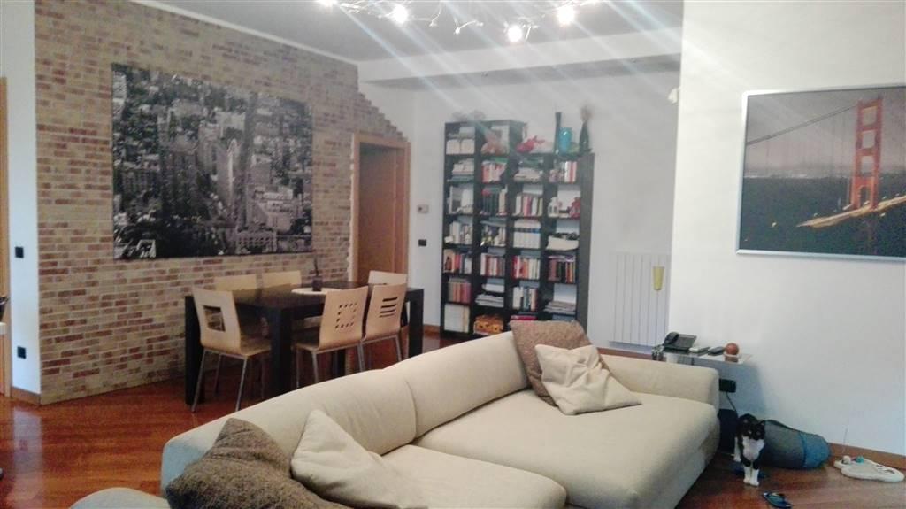 Appartamento in vendita a Cernusco sul Naviglio, 3 locali, prezzo € 358.000   CambioCasa.it