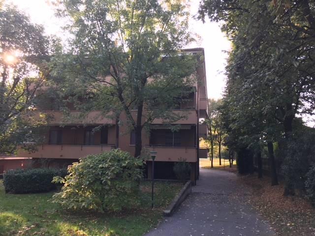 Appartamento in vendita a Vimercate, 3 locali, prezzo € 118.000 | CambioCasa.it