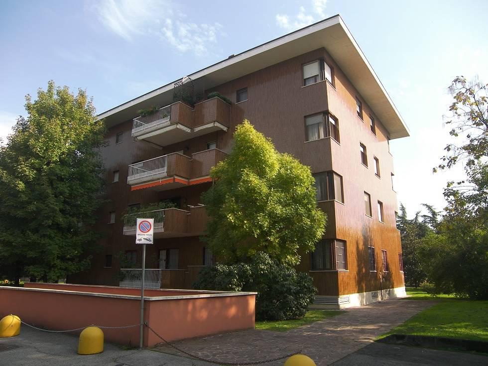 Appartamento in affitto a Cassina de' Pecchi, 3 locali, prezzo € 700 | CambioCasa.it
