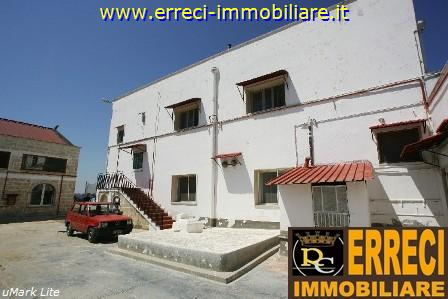 Cascina/casale vendita BRINDISI (BR) - 7 LOCALI - 2000 MQ