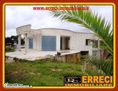 Villa vendita OSTUNI (BR) - 5 LOCALI - 430 MQ