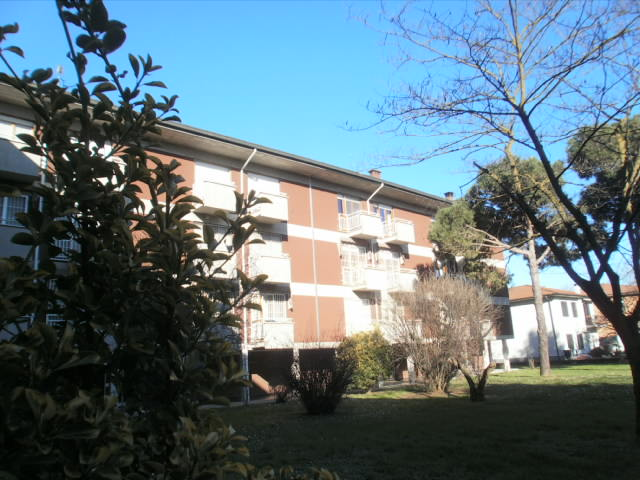 Appartamento a POZZUOLO MARTESANA 3 - Vani  - Garage