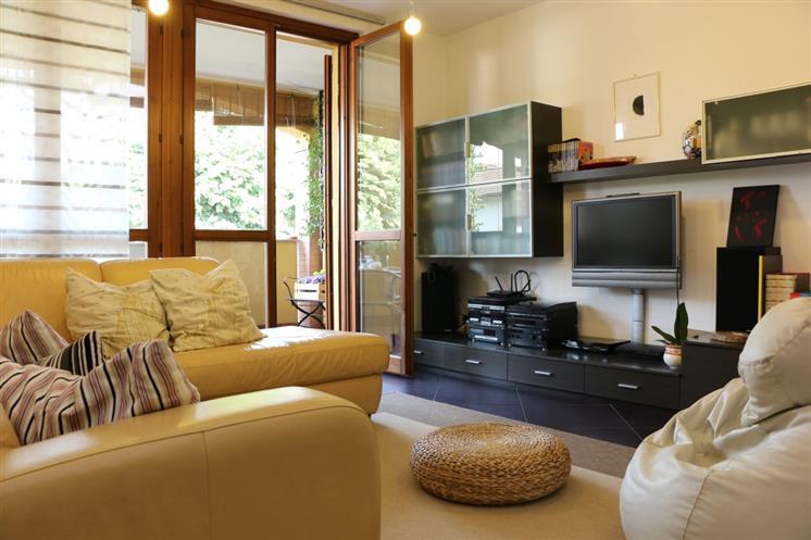 Appartamento in vendita a Comazzo, 3 locali, zona Zona: Lavagna, prezzo € 258.000 | Cambio Casa.it