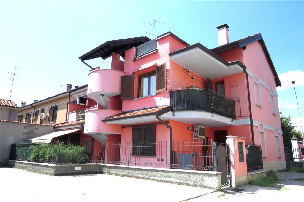 Appartamento in vendita a Melzo, 2 locali, zona Località: CENTRO, prezzo € 192.000 | Cambio Casa.it