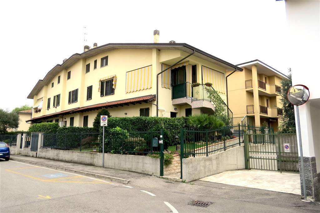 Soluzione Indipendente in vendita a Truccazzano, 3 locali, prezzo € 259.000 | Cambio Casa.it