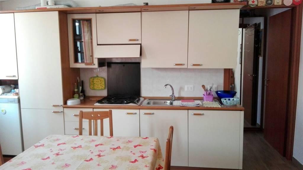 Appartamento in vendita a Melzo, 1 locali, zona Località: STAZIONE, prezzo € 95.000 | CambioCasa.it