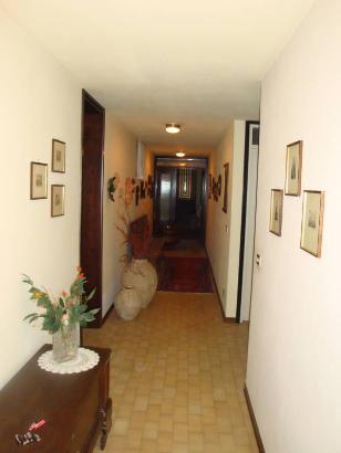 Villa vendita TAVAGNACCO (UD) - 7 LOCALI - 700 MQ