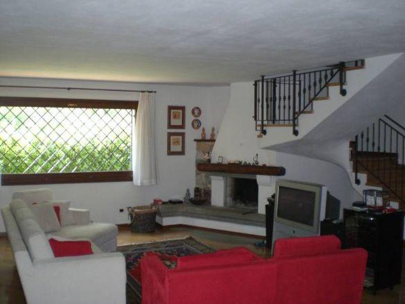 Villa vendita TRICESIMO (UD) - OLTRE 6 LOCALI - 330 MQ - foto 1
