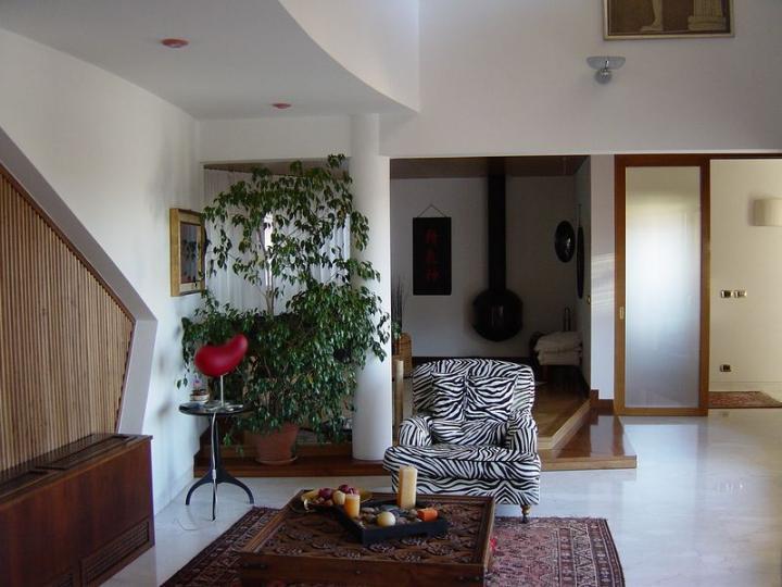 Villa vendita TRICESIMO (UD) - 7 LOCALI - 480 MQ