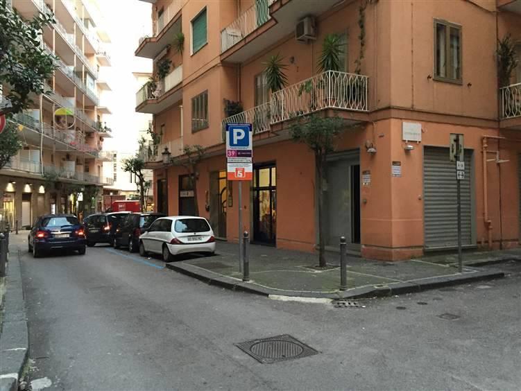 Attività / Licenza in vendita a Salerno, 1 locali, zona Zona: Centro, prezzo € 170.000 | CambioCasa.it