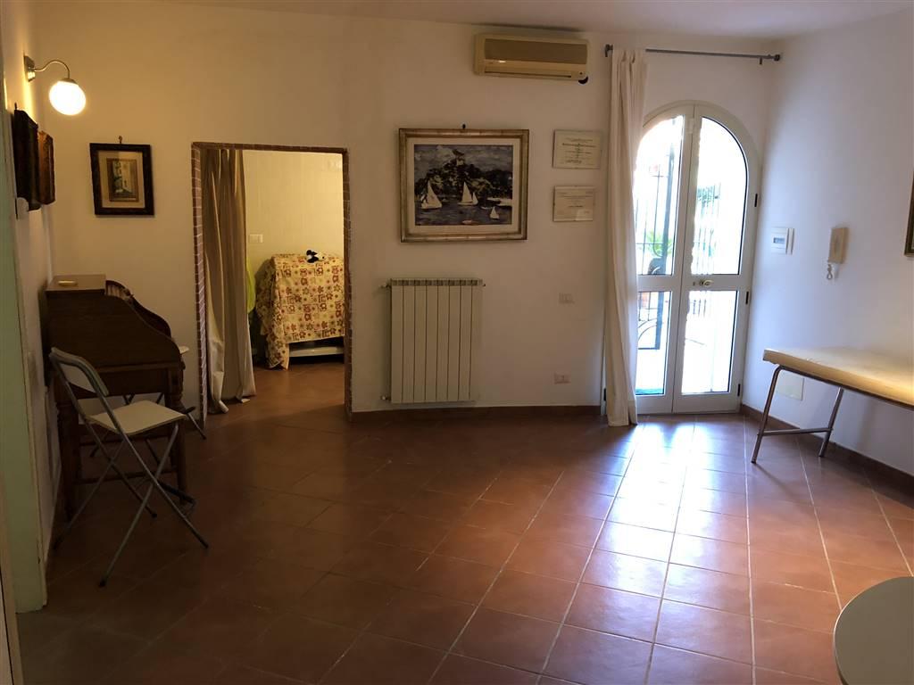 Appartamento in affitto a Salerno, 3 locali, zona Zona: Capezzano, prezzo € 550 | CambioCasa.it