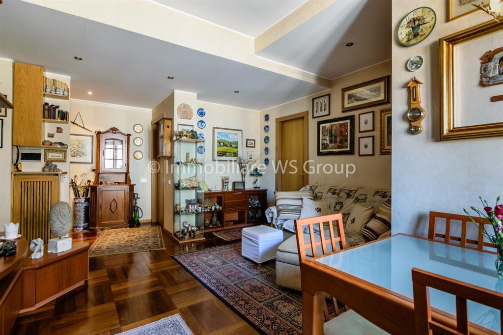 Appartamento in Vendita a Monza: 4 locali, 120 mq