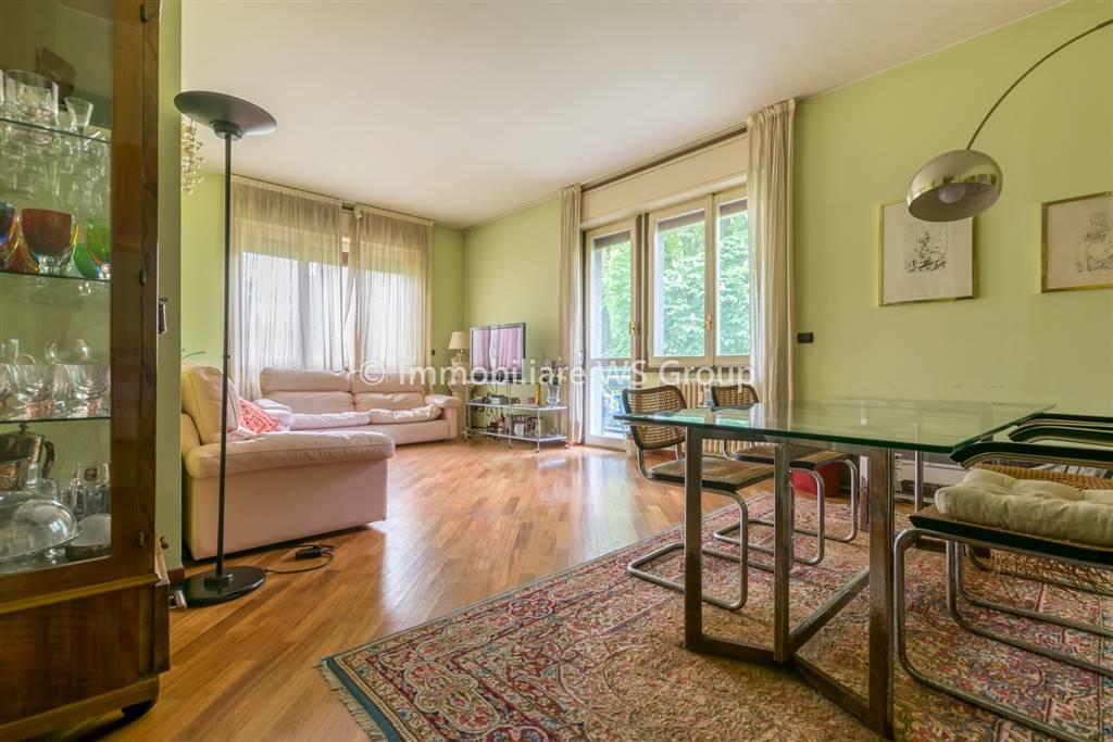 Appartamento in Vendita a Vedano Al Lambro: 5 locali, 160 mq