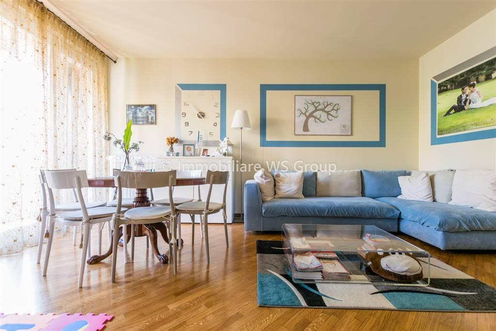 Appartamento in Vendita a Carate Brianza: 3 locali, 110 mq