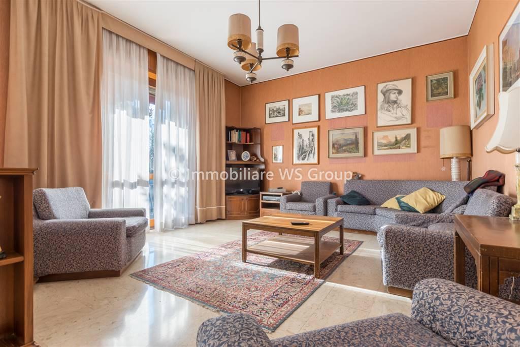 Appartamento in Vendita a Vedano Al Lambro: 4 locali, 160 mq