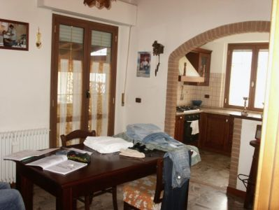 Palazzo-stabile in Vendita Martinsicuro in provincia di Teramo