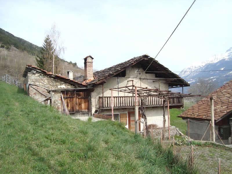 SAINT-PIERRE - AOSTA