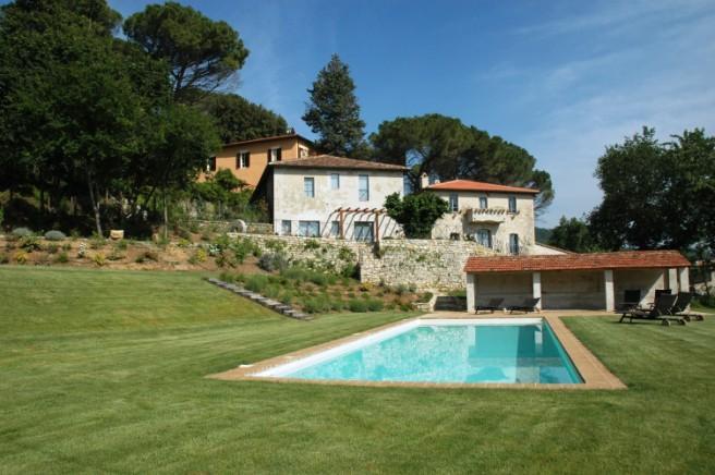 Villa-Villetta  in Vendita a Perugia