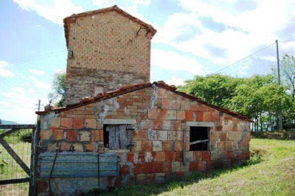 Rustico / Casale in Vendita a Gualdo Tadino