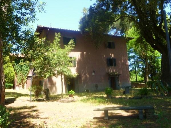 Villa vendita CELLENO (VT) - 7 LOCALI - 715 MQ
