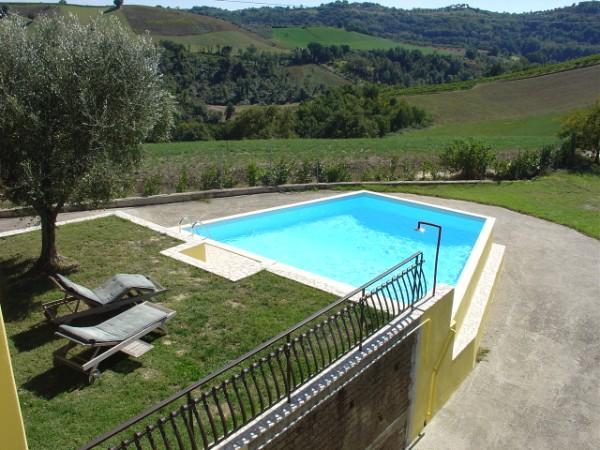Villa in Vendita a Montebuono