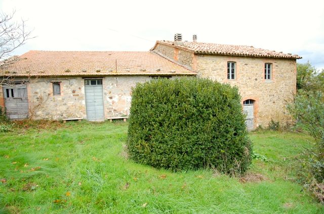 Rustico / Casale in vendita a Parrano, 12 locali, zona Zona: Frattaguida, prezzo € 195.000 | Cambio Casa.it