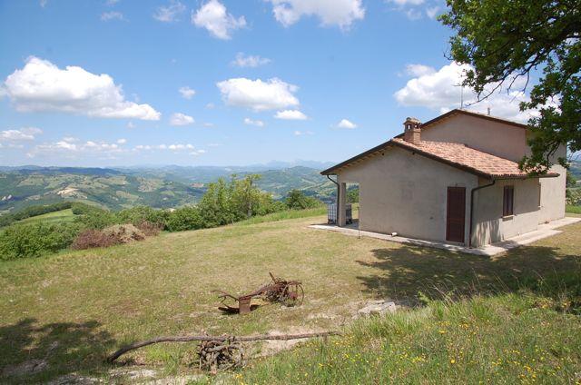 Soluzione Indipendente in vendita a Valfabbrica, 5 locali, prezzo € 239.000 | Cambio Casa.it