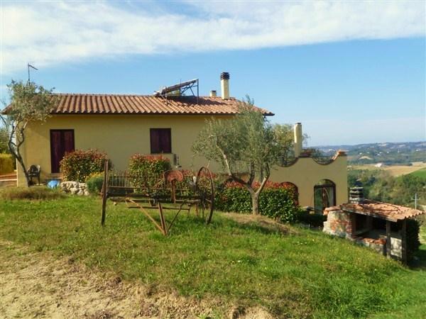 Villa in Vendita a Calvi dell'Umbria