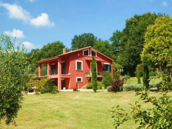 Villa in vendita a Montecastrilli, 8 locali, zona Località: CASTEL DELLAQUILA, prezzo € 560.000 | Cambio Casa.it
