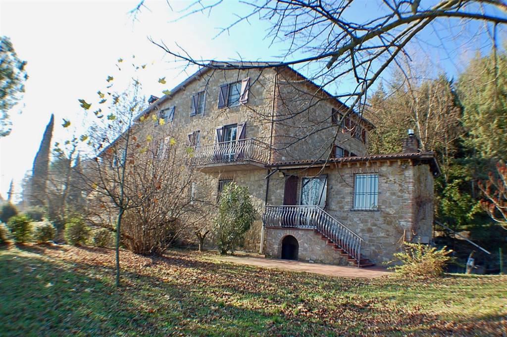 Rustico / Casale in vendita a Perugia, 15 locali, zona Zona: Solfagnano, prezzo € 750.000 | Cambio Casa.it