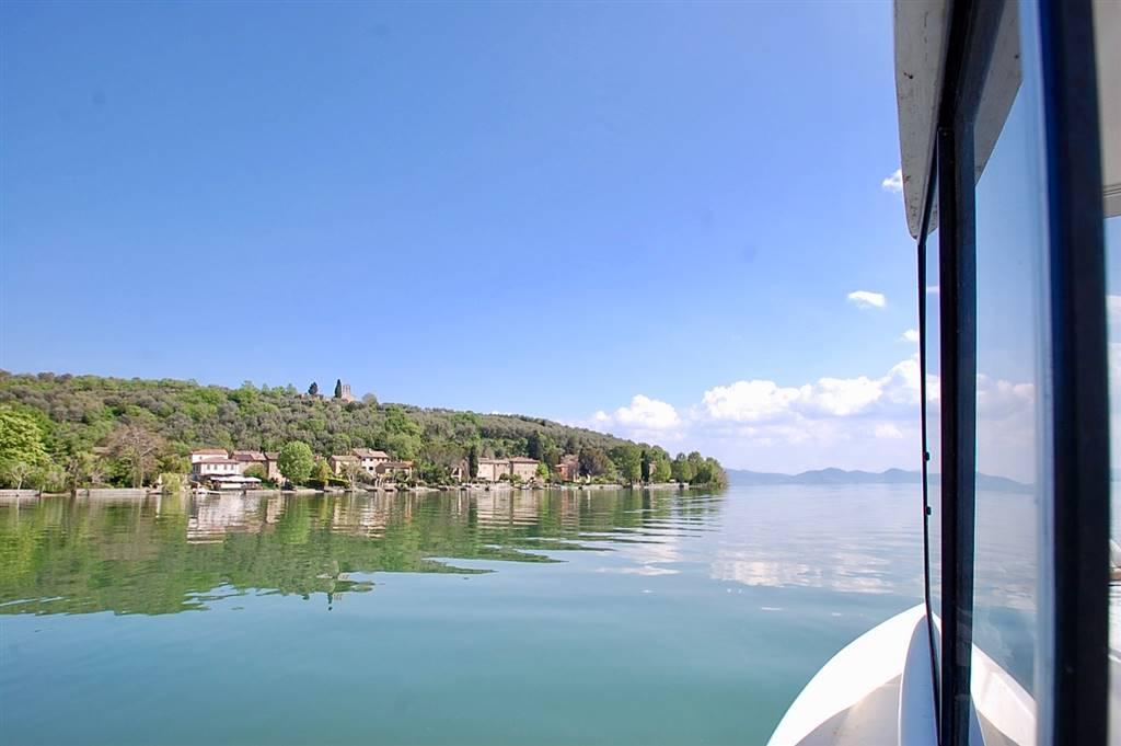Villa in vendita a Tuoro sul Trasimeno, 11 locali, zona Zona: Isola Maggiore, prezzo € 950.000 | CambioCasa.it