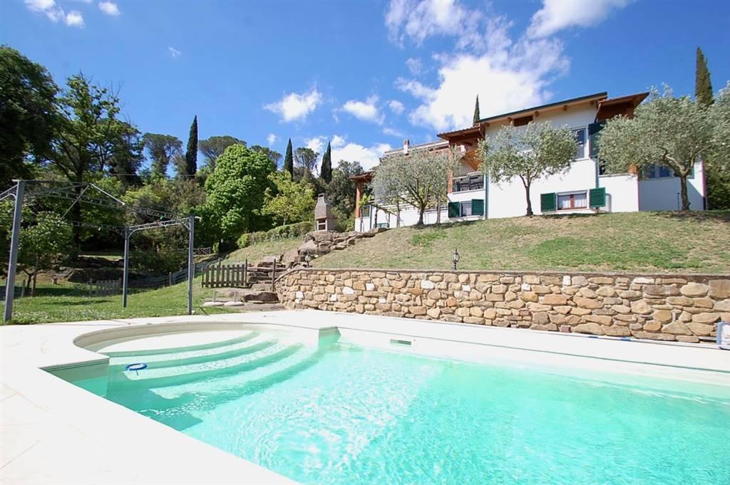 Villa in vendita a Passignano sul Trasimeno, 12 locali, zona Zona: Pischiello, prezzo € 749.000 | CambioCasa.it