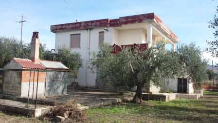Soluzione Indipendente in vendita a Matera, 4 locali, zona Zona: Periferia Nord, prezzo € 170.000 | CambioCasa.it