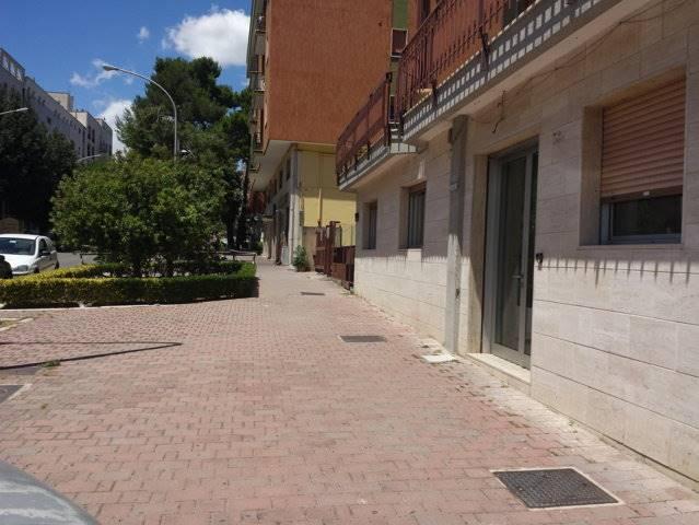 Ufficio / Studio in vendita a Matera, 9999 locali, zona Zona: Centro direzionale, prezzo € 130.000 | CambioCasa.it