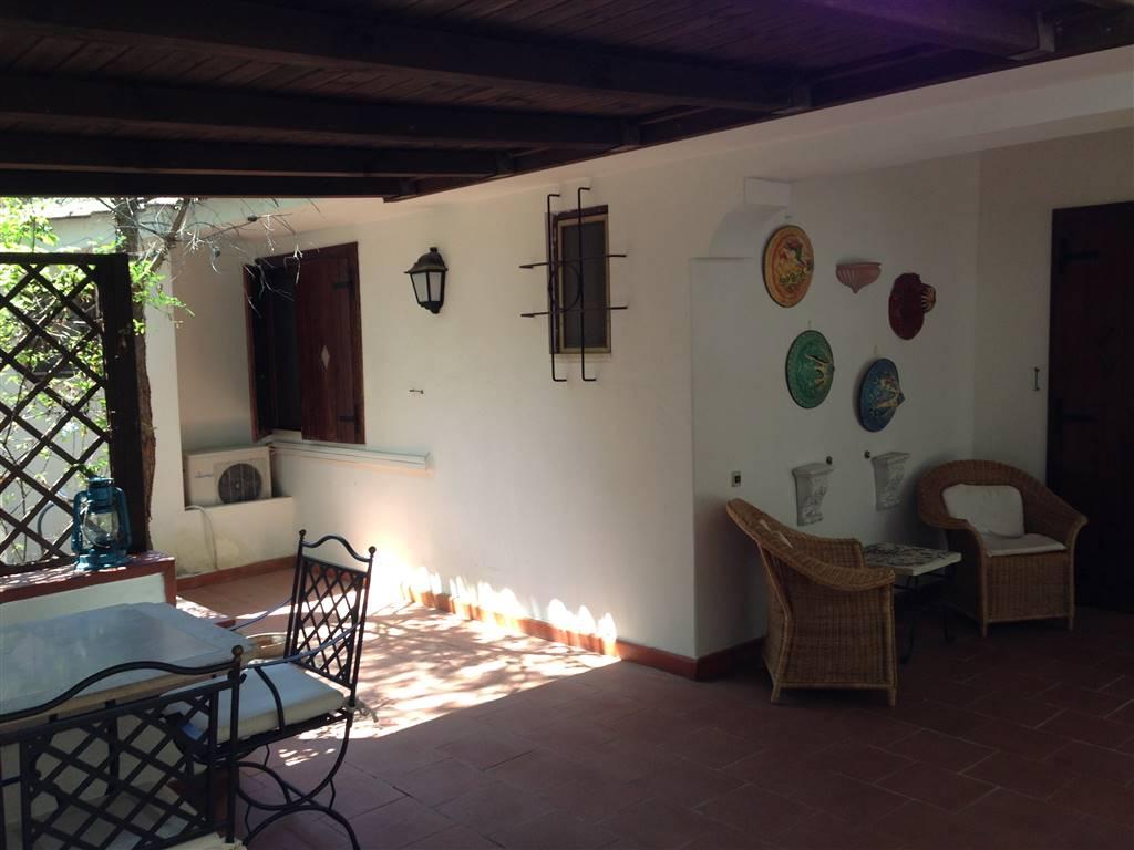 Villa in vendita a Castellaneta, 4 locali, prezzo € 258.000 | Cambio Casa.it