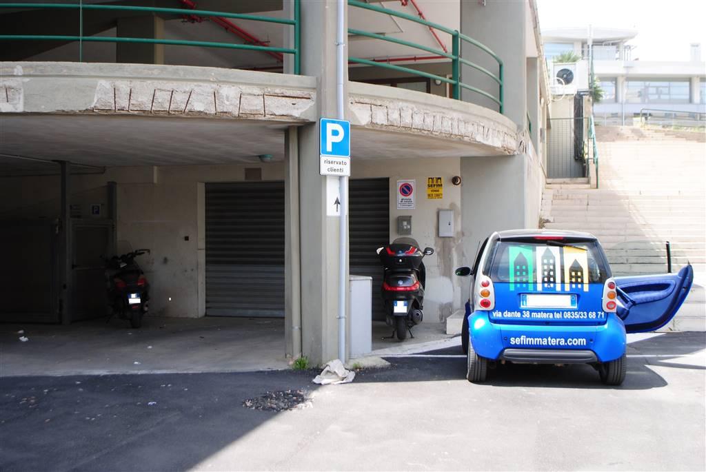 magazzino-deposito  in Vendita a Matera