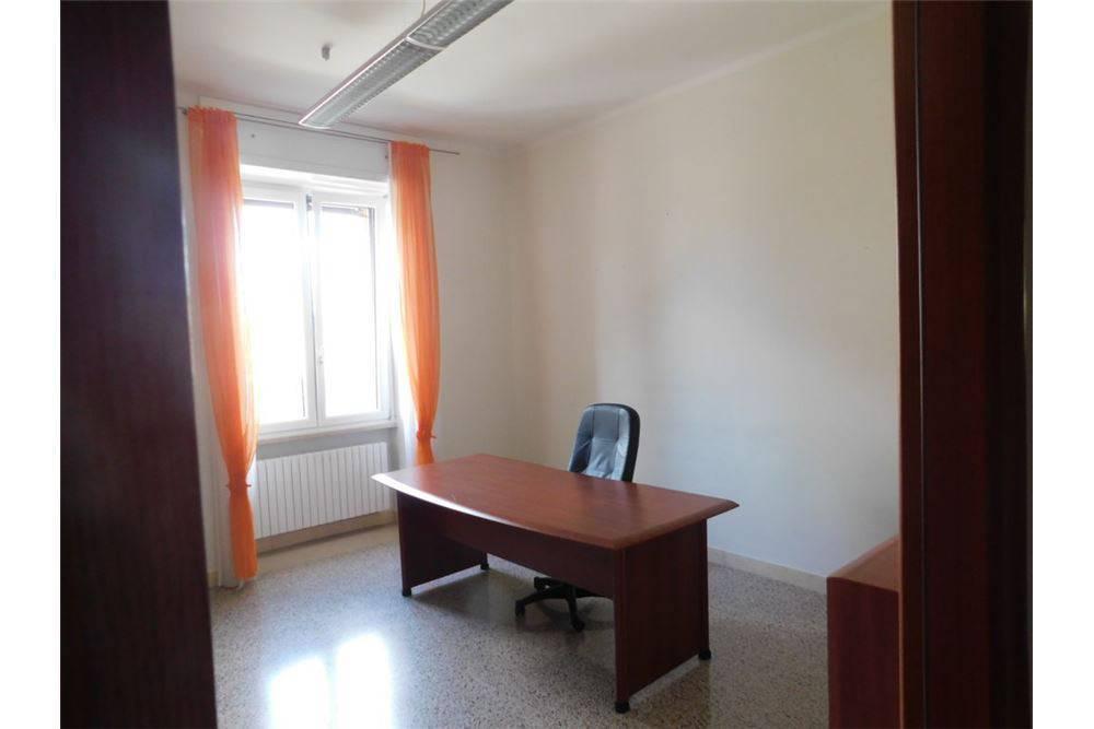 ufficio  in Affitto a Matera