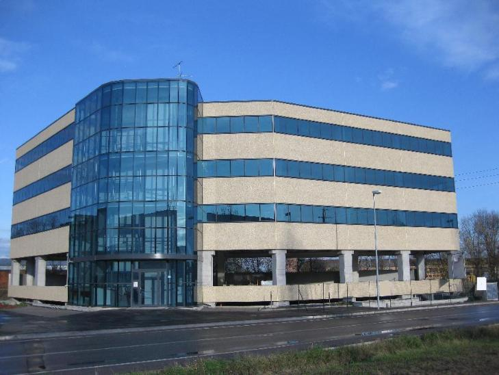 Ufficio / Studio in vendita a Calderara di Reno, 9999 locali, prezzo € 312.000 | Cambio Casa.it