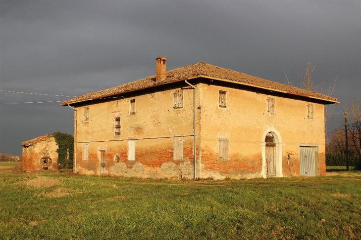 Rustico / Casale in vendita a Calderara di Reno, 1 locali, zona Località: CASTEL CAMPEGGI, prezzo € 200.000 | CambioCasa.it