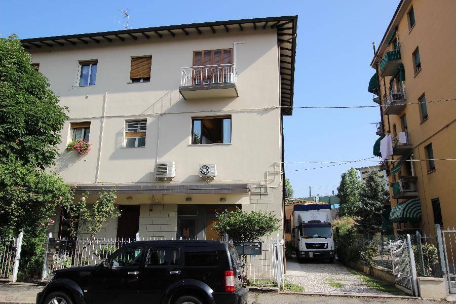 Ufficio-studio in Affitto a Bologna: 137 mq