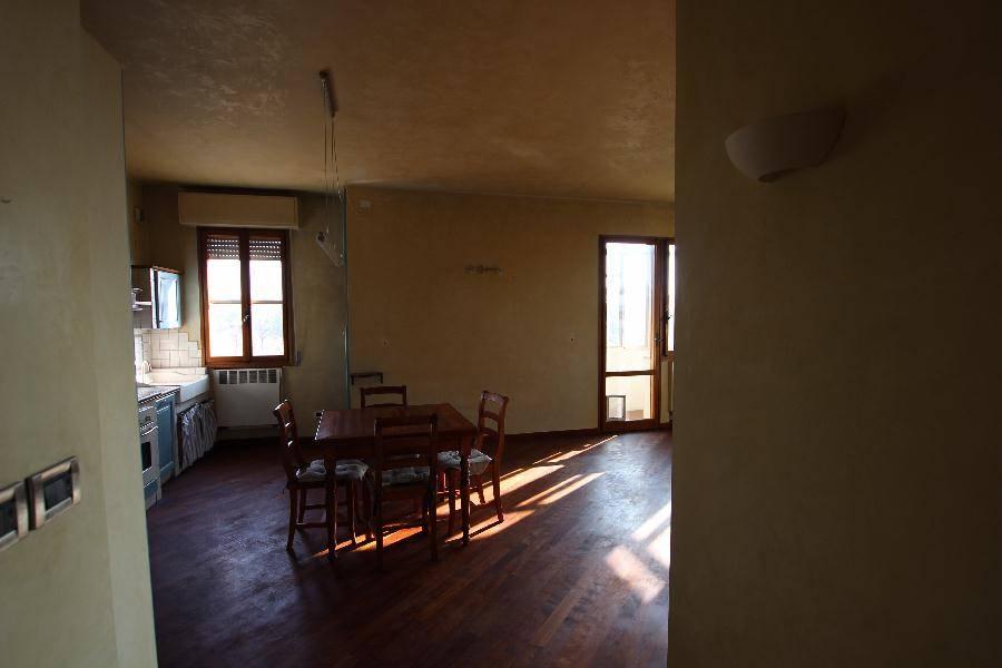 Appartamento in affitto a Calderara di Reno, 3 locali, zona Località: LIPPO, prezzo € 630 | Cambio Casa.it