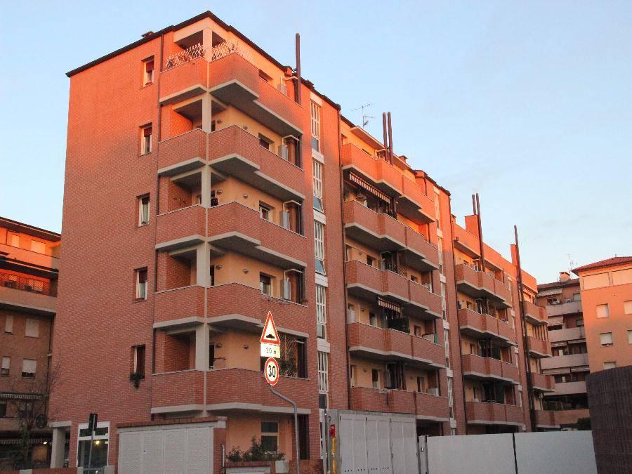 Appartamento in affitto a Calderara di Reno, 1 locali, prezzo € 450 | Cambio Casa.it