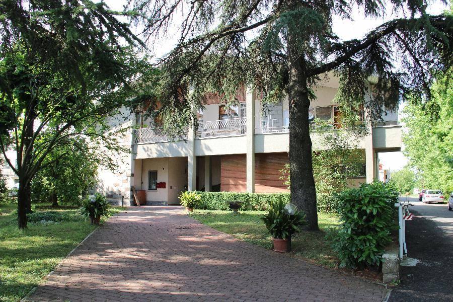 Appartamento in affitto a Calderara di Reno, 4 locali, prezzo € 600 | CambioCasa.it