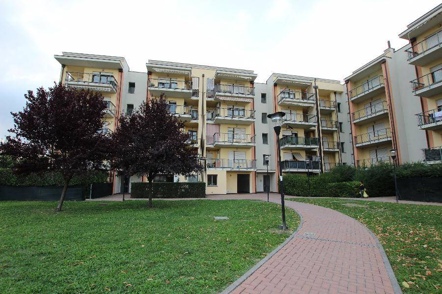 Appartamento in vendita a Calderara di Reno, 3 locali, prezzo € 165.000 | CambioCasa.it