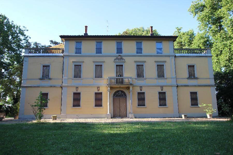 Villa in Vendita a Castello D'Argile: 5 locali, 1428 mq
