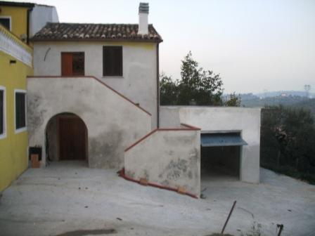 Casa singola in C.da Moscone, Loreto Aprutino