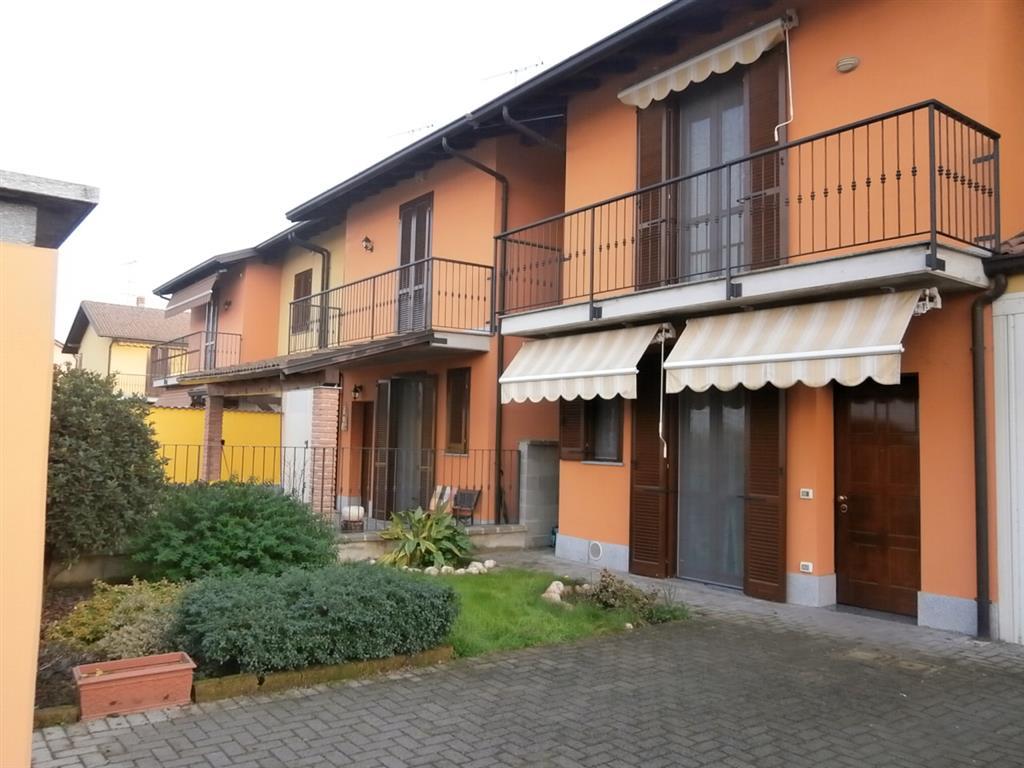 Villa in vendita a Vigevano, 5 locali, prezzo € 180.000 | Cambio Casa.it