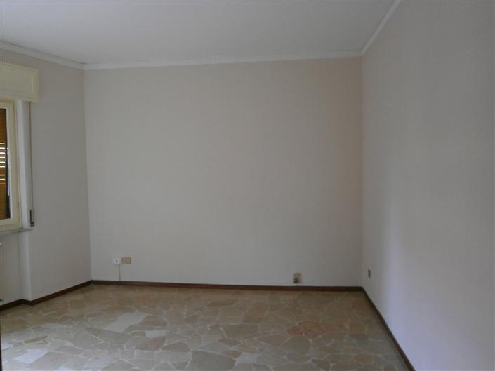 Appartamento in affitto a Mortara, 2 locali, prezzo € 350 | Cambio Casa.it