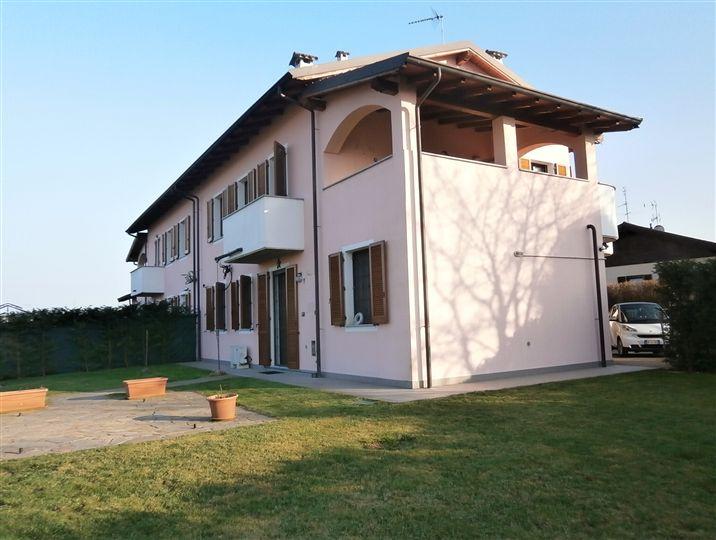 Soluzione Indipendente in vendita a Vigevano, 3 locali, prezzo € 185.000 | Cambio Casa.it